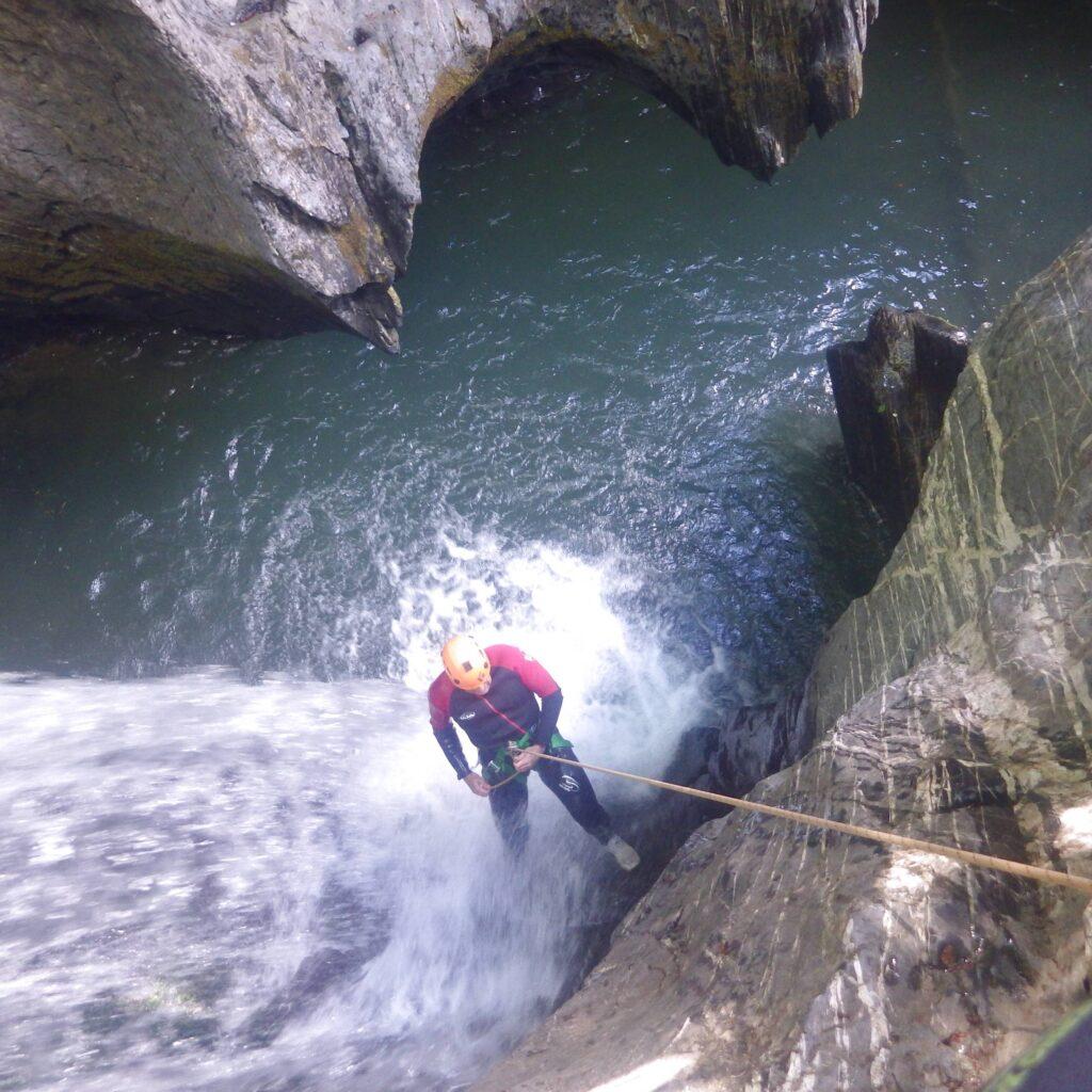 Canyon au pied du Pic du Midi d'Ossau, au sud de Pau (64)