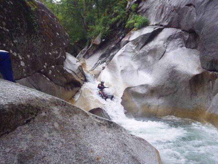 Canyoning au Soussouéou dans les Pyrénées