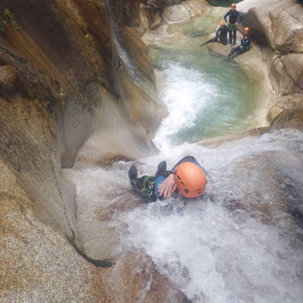 Toboggan en canyoning, Vallée d'Ossau, Pau-Pyrénées